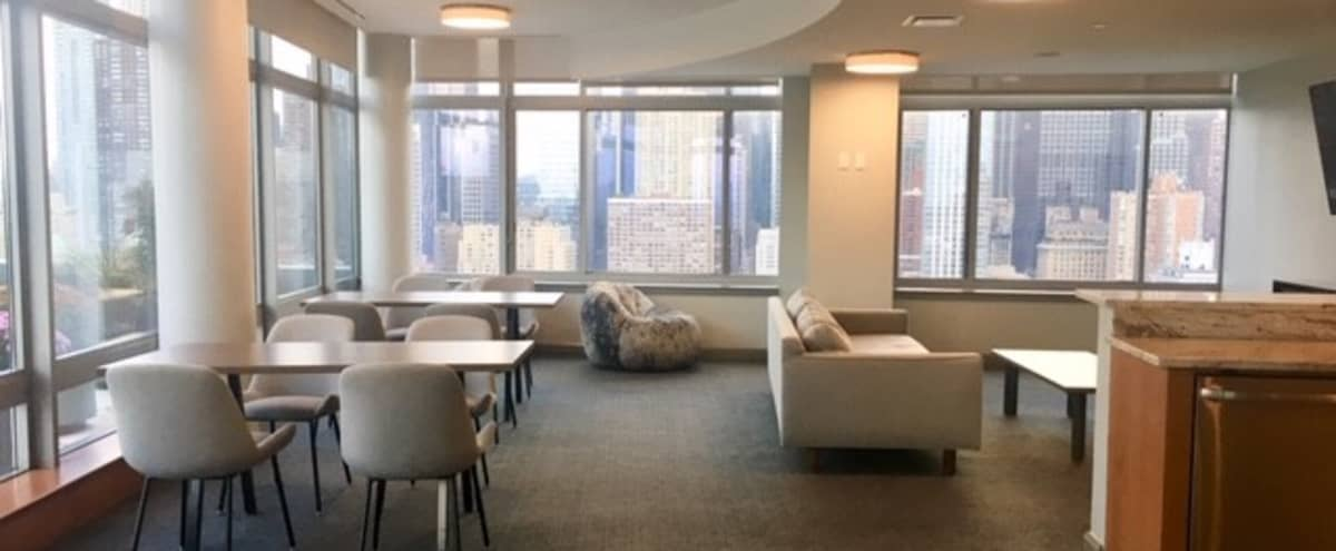 Top Floor Space With Spectacular Views of Manhattan Skyline in New York Hero Image in Midtown Manhattan, New York, NY