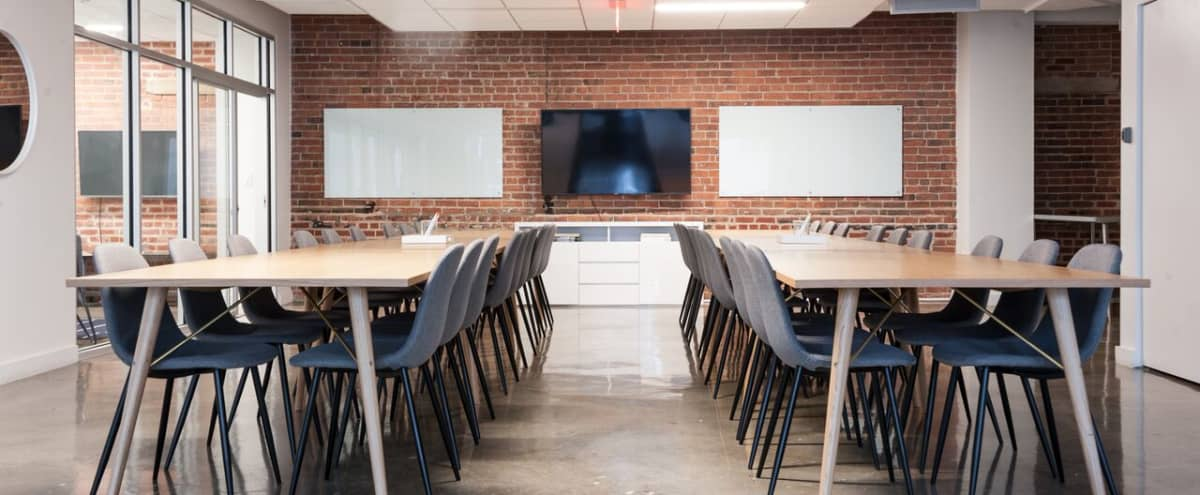 Modern Meeting Space - Chinatown in Washinton Hero Image in Penn Quarter, Washinton, DC