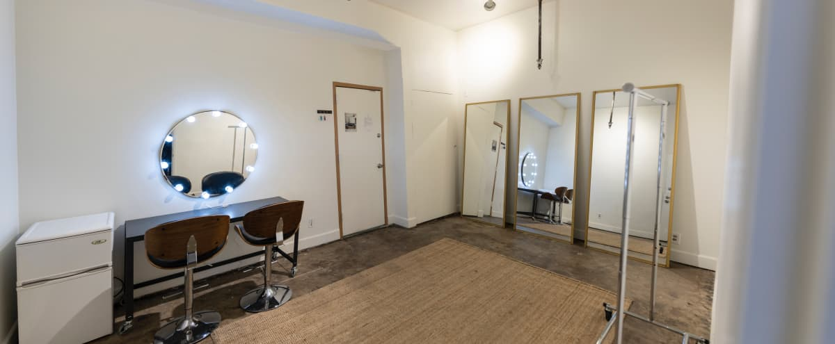 Spacious ground level PHOTO STUDIO w/ AC & dedicated Hair/MakeUp Room!!! Equipment included! in Burbank Hero Image in undefined, Burbank, CA