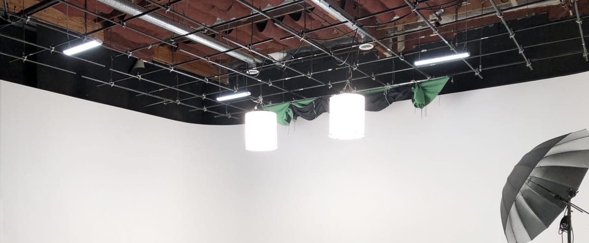 Culver City Sound Stage with NY Loft Feel in Culver City Hero Image in Fox Hills, Culver City, CA
