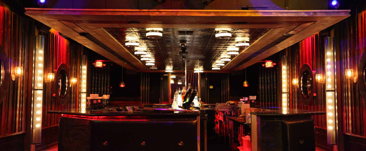 Bar/lounge/nightclub on Main Street in Santa Monica, CA in Santa Monica Hero Image in Ocean Park, Santa Monica, CA