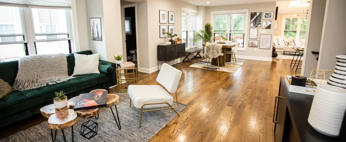 Modern + Stylish Production Space With Amazing Natural Sunlight in WASHINGTON Hero Image in Northeast Washington, WASHINGTON, DC