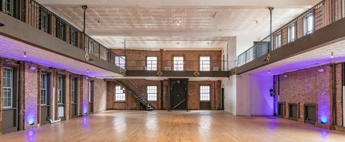 J. Paretti Theater in Queens Hero Image in Dutch Kills, Queens, NY