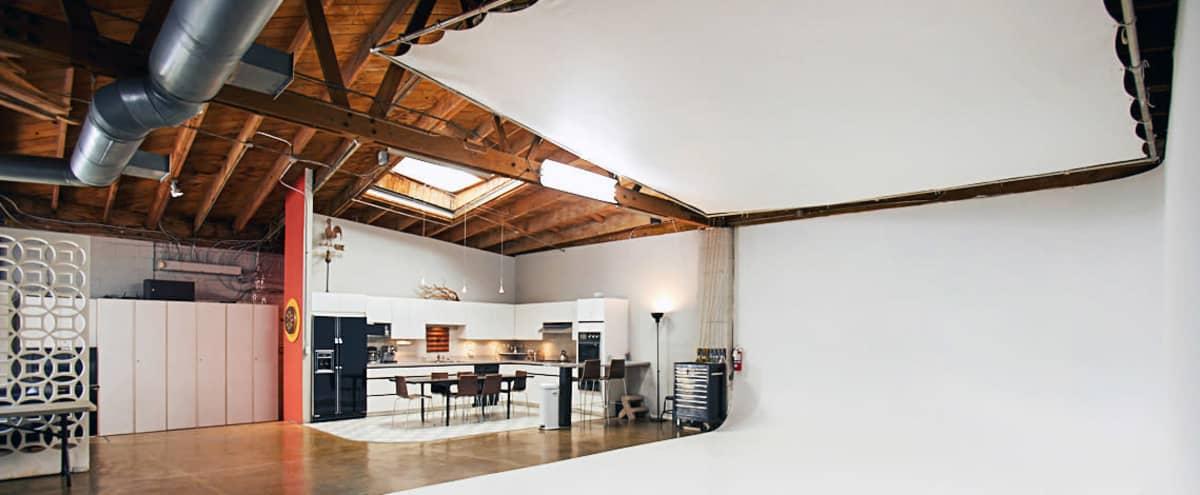 Hollywood blackout photo studio in Los Angeles Hero Image in Central LA, Los Angeles, CA
