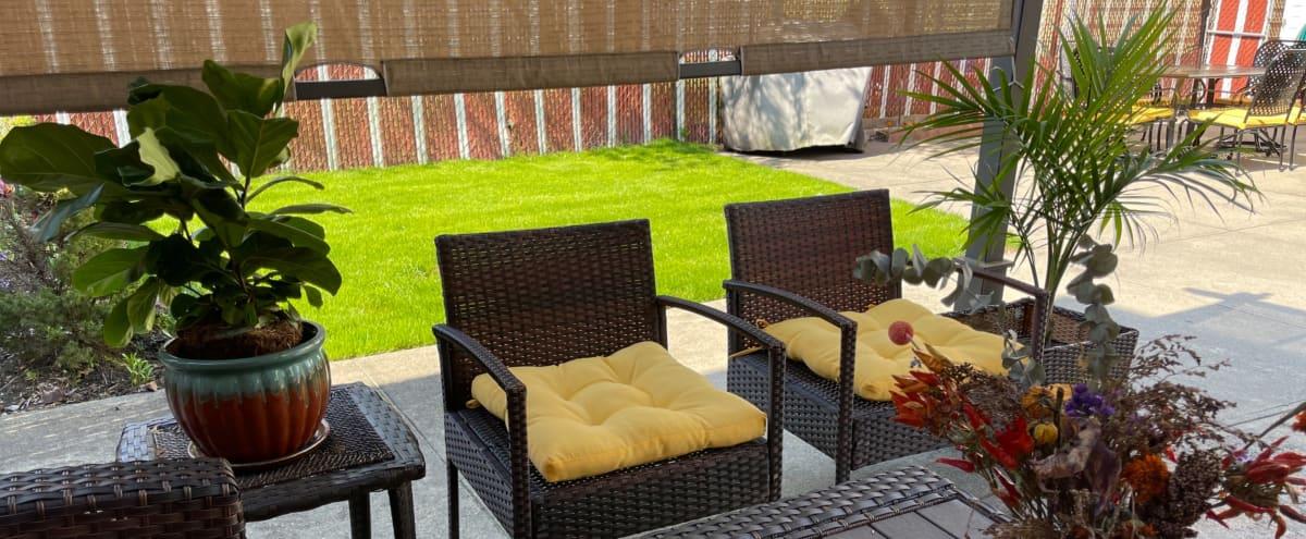 Queens Outdoor Space with Garden in Saint Albans Hero Image in St. Albans, Saint Albans, NY