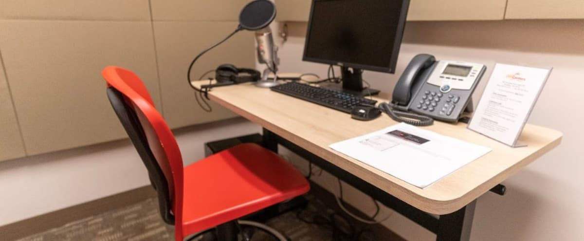 Private Podcast Studio w/ Monitor - Microphone - Headset in Woodbury Hero Image in undefined, Woodbury, MN