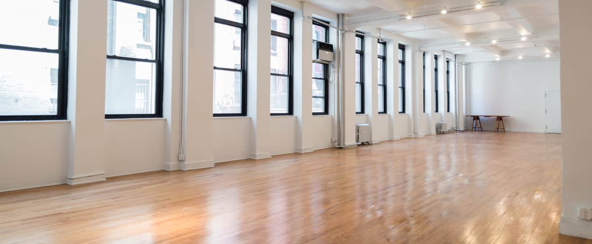 HUGE BRIGHT AIRY SPACE in New York Hero Image in Midtown, New York, NY