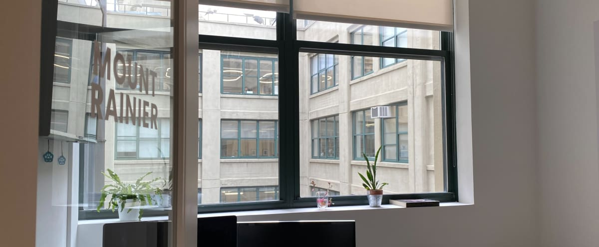 Large, Already-Isolated Coworking Offices in BROOKLYN Hero Image in Fulton Ferry District, BROOKLYN, NY