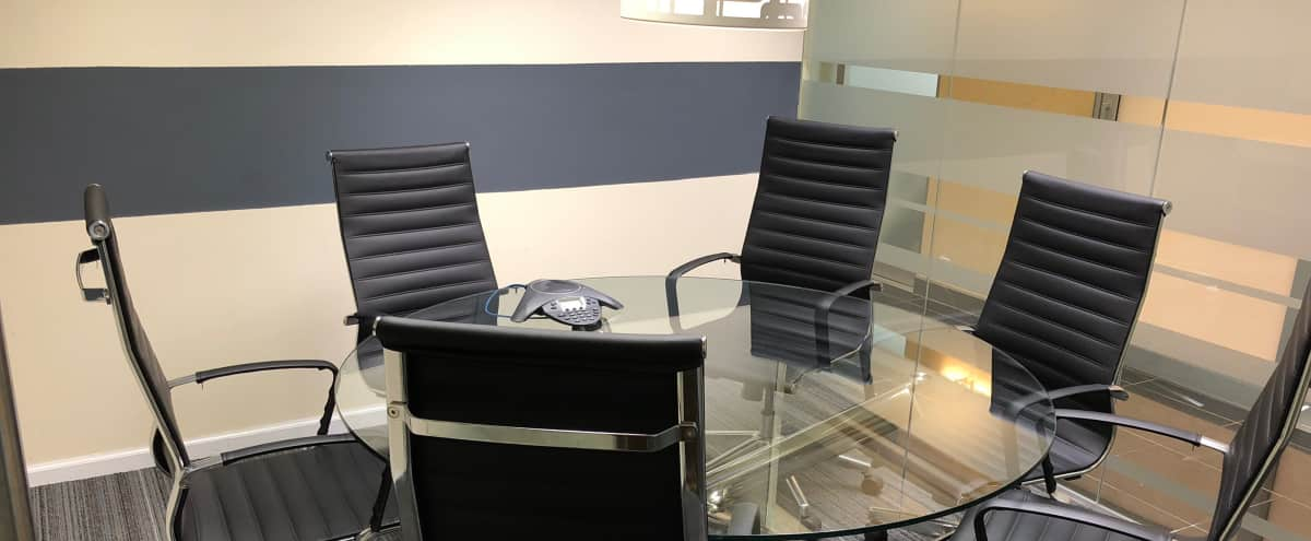 Perfect Meeting Room for up to 6-in Financial District in NEW YORK Hero Image in Financial District, NEW YORK, NY