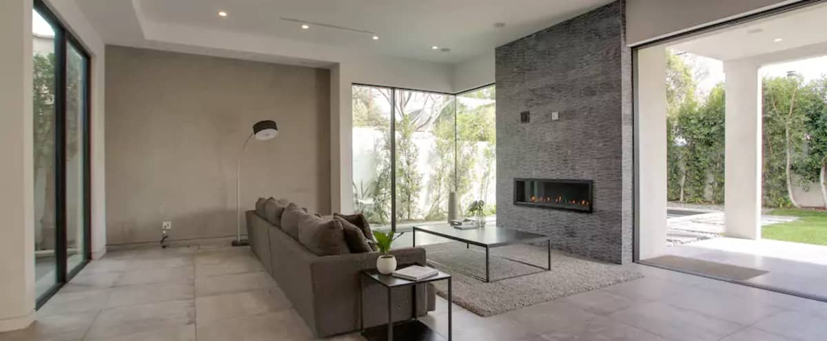 New Modern Spacious, Airy 5 Bed House with Pool & Spa in Los Angeles Hero Image in Central LA, Los Angeles, CA