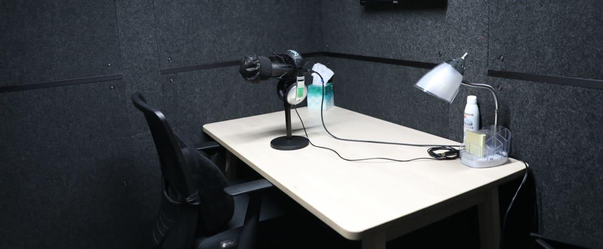 Flatiron Podcast Studio in Midtown Manhattan in New York Hero Image in Midtown Manhattan, New York, NY