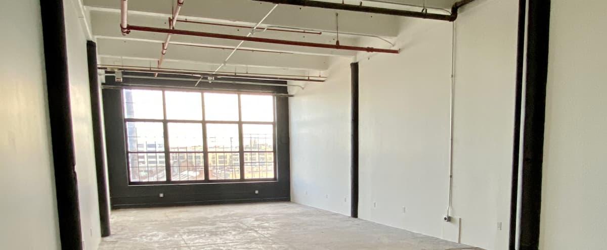 1500 sq ft East Williamsburg Industrial Studio in Brooklyn Hero Image in East Williamsburg, Brooklyn, NY