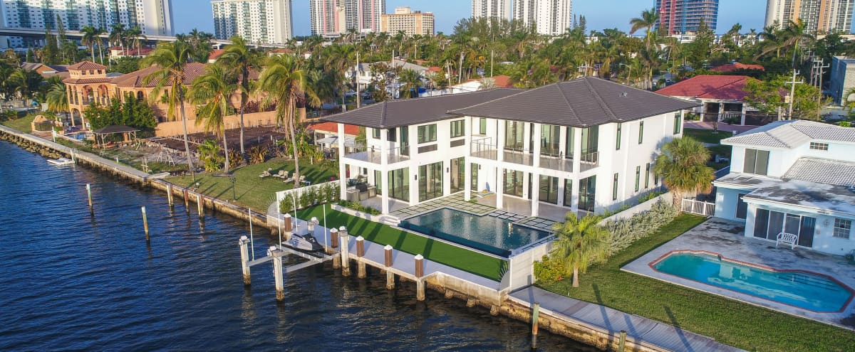 Mansion Located In Sunny Isles Beach