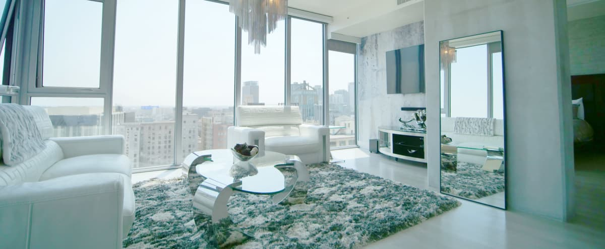 Downtown luxury penthouse with Sky line & City Views in Los Angeles Hero Image in Central LA, Los Angeles, CA