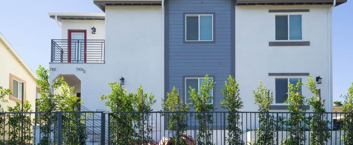 Entire 4-Plex Property 12 bedrooms & 8 bathrooms in hip Westchester in Los Angeles Hero Image in Westchester, Los Angeles, CA