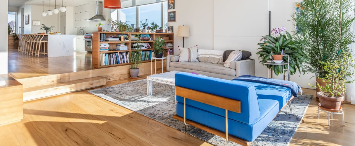 3K sq.ft Penthouse Duplex & Rooftop with Skyline Views in Brooklyn Hero Image in Greenpoint, Brooklyn, NY