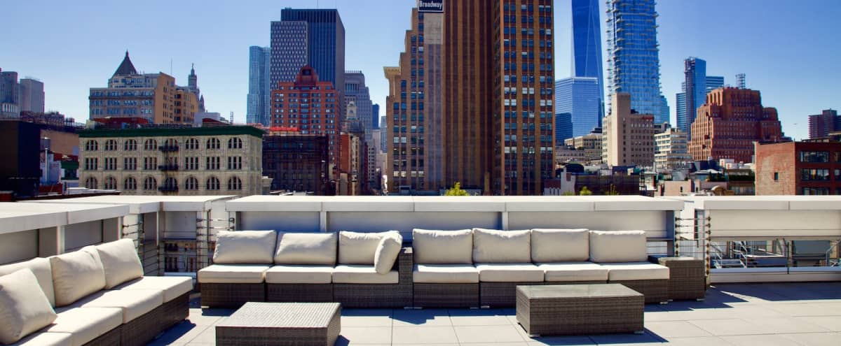 Picturesque Rooftop and Penthouse with 360° views of Manhattan Skyline in New York Hero Image in Lower Manhattan, New York, NY