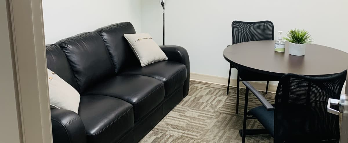 Cozy Lounge Style Meeting Room in North Vancouver Hero Image in undefined, North Vancouver, BC