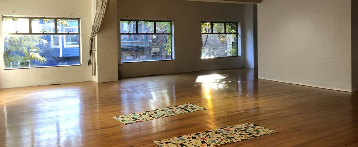 Open Loft Style Movement Studio in Lincoln Park in Chicago Hero Image in Ranch Triangle, Chicago, IL