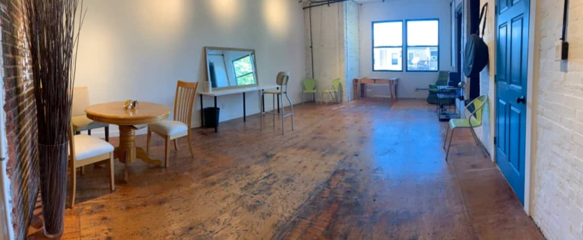 Blank Studio Space with Mixture of Brick and White Walls in Philadelphia Hero Image in Hawthorne, Philadelphia, PA