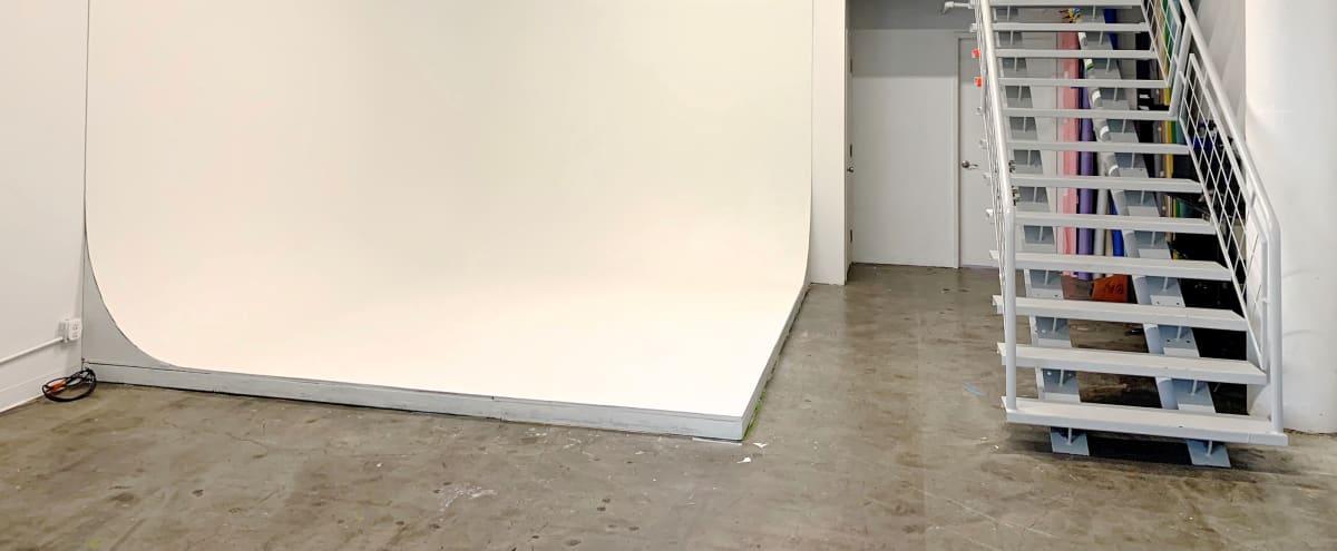 DTLA Fashion Photo Loft / Studio with 10x10x10 Cyclorama in Los Angeles Hero Image in Chinatown, Los Angeles, CA
