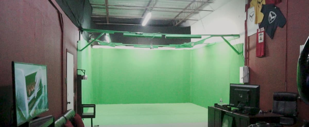 Huge Greenscreen Space (Top 3 in Size) in Houston Hero Image in Northside, Houston, TX
