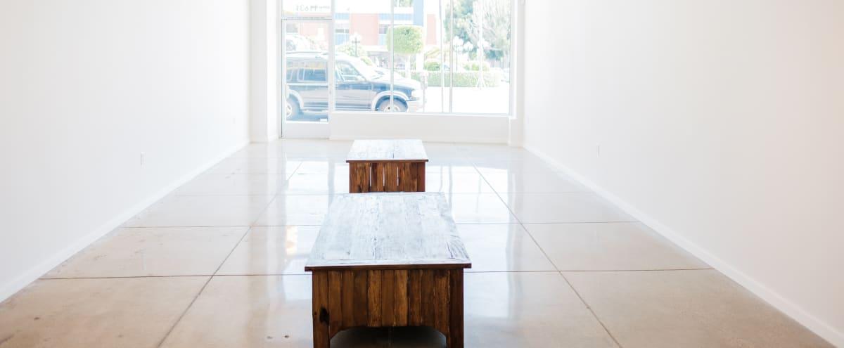 Clean & Bright Gallery Space in Los Angeles Hero Image in Sawtelle, Los Angeles, CA