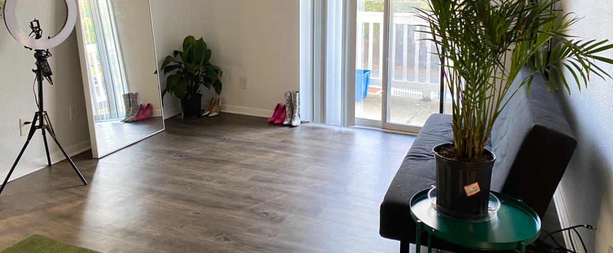 Modern and Simplistic Room in Atlanta Hero Image in Buckhead, Atlanta, GA