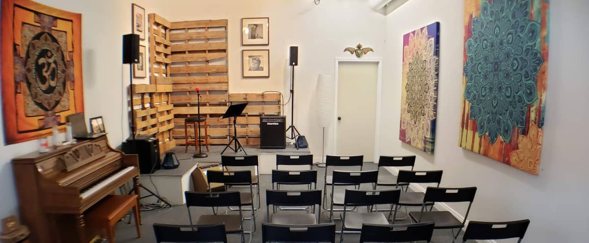 Warm, inviting and intimate location.  Perfect for small workshops and recitals. in Chatsworth Hero Image in Chatsworth, Chatsworth, CA