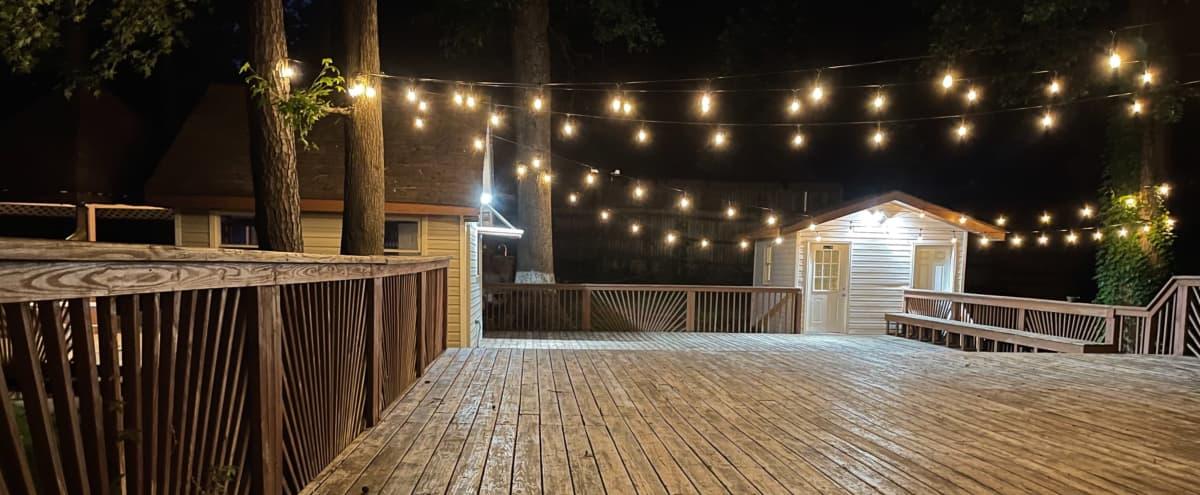 Ozone Hilltop Lounge in Atlanta Hero Image in Riverside, Atlanta, GA