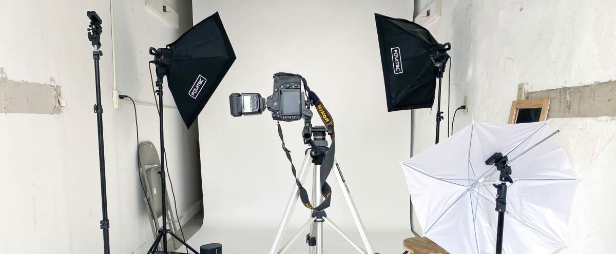Venice No Frills Photo Studio with Basic Equipment Included in venice Hero Image in Venice, venice, CA
