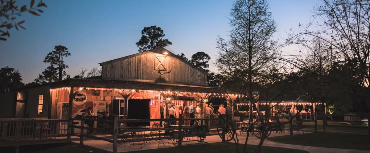 Rustic Woodlands Venue in Conroe Hero Image in undefined, Conroe, TX