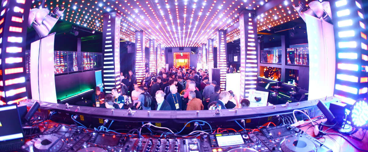 Top Rated Venue - Main Floor - Incredible Lighting Options in San Francisco Hero Image in South of Market, San Francisco, CA