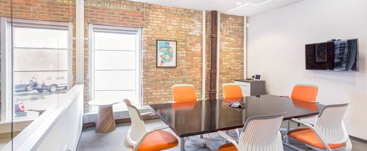 West Loop Dynamic Offsite Meeting Space with Consumer Research Area in Chicago Hero Image in Fulton Market, Chicago, IL