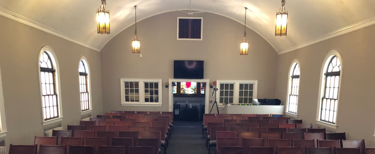 Queens Church with Intimate, Modern Setting in Rego Park Hero Image in Rego Park, Rego Park, NY