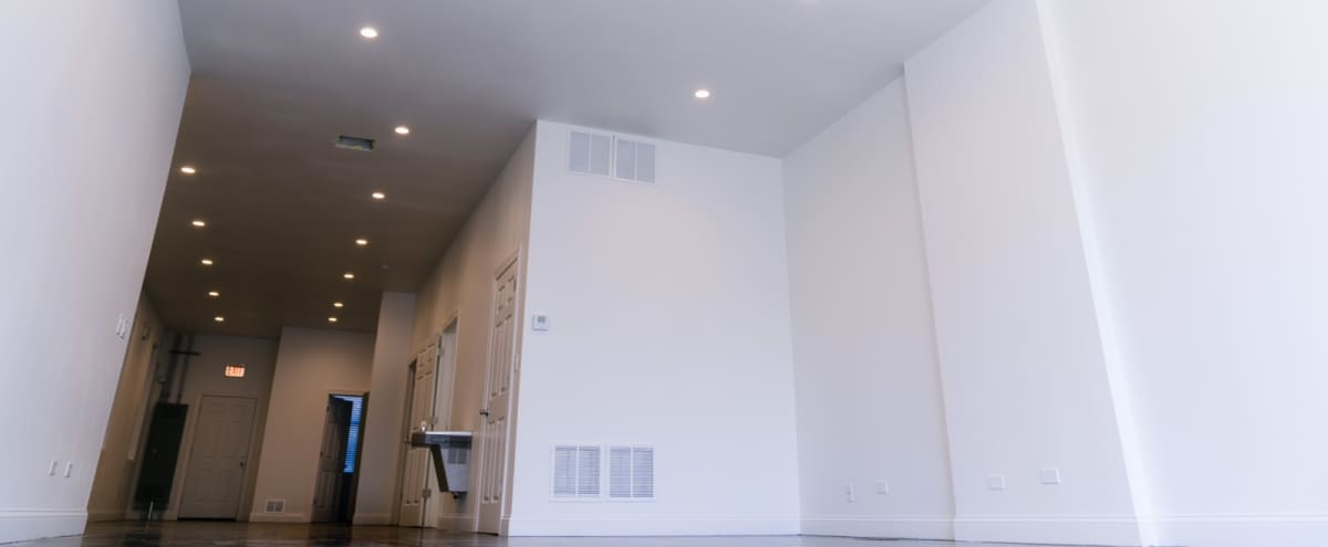 Open Concept Production Space with Tons of Natural Light in Chicago Hero Image in South Side, Chicago, IL