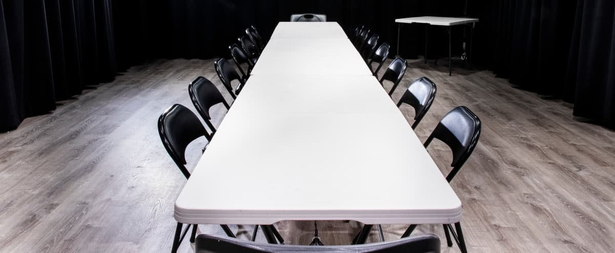 Best Boston Meeting Space (Free sound system, tables, and chairs, and projector) Plus FREE PARKING in Boston Hero Image in Cedar Grove, Boston, MA