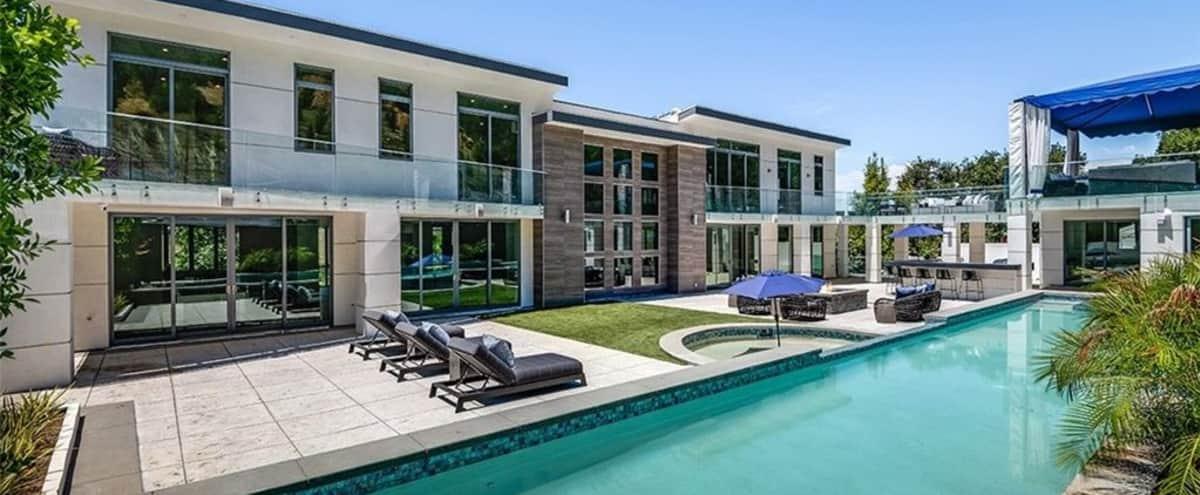 Valley Modern Mansion in encino Hero Image in Woodland Hills, encino, CA