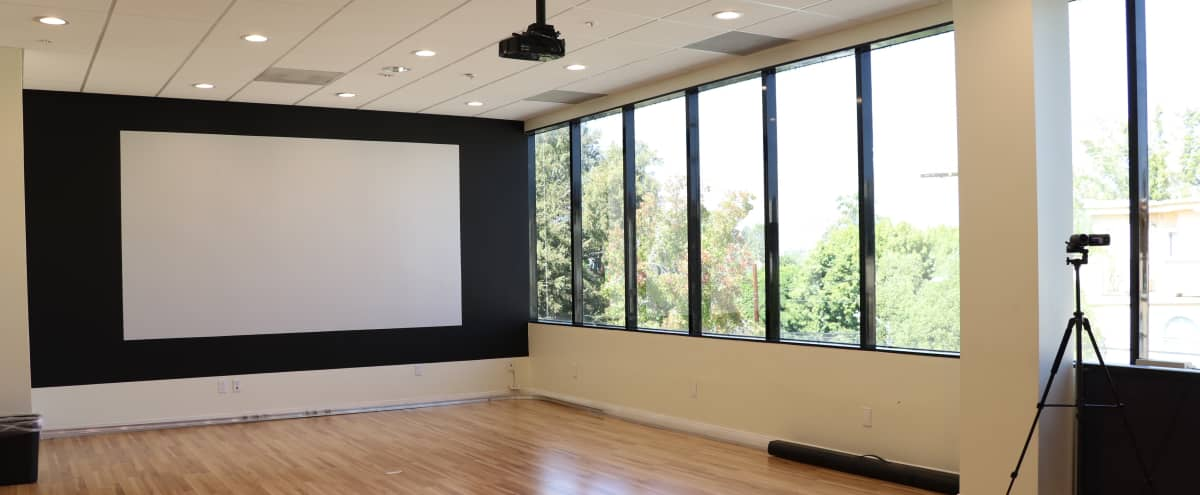 Open, modern room for meetings and events in Sherman Oaks in Sherman Oaks Hero Image in Sherman Oaks, Sherman Oaks, CA