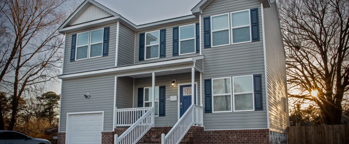 Spacious 2 story home within historic district in Portsmouth Hero Image in Cradock, Portsmouth, VA