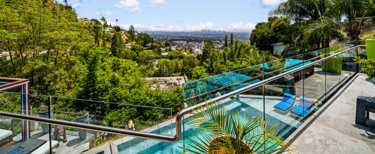 Forever Views,Modern and Artistic. in Los Angeles Hero Image in Hollywood Hills, Los Angeles, CA