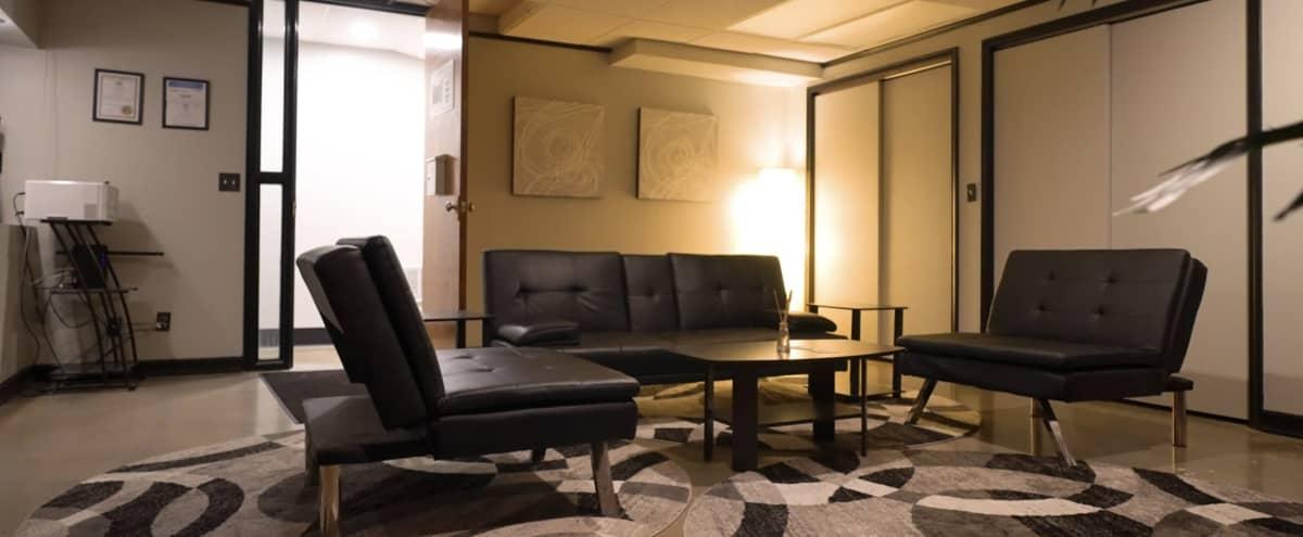 Unique Lounge & Lobby Space in Kansas City Hero Image in Midtown - Westport, Kansas City, MO