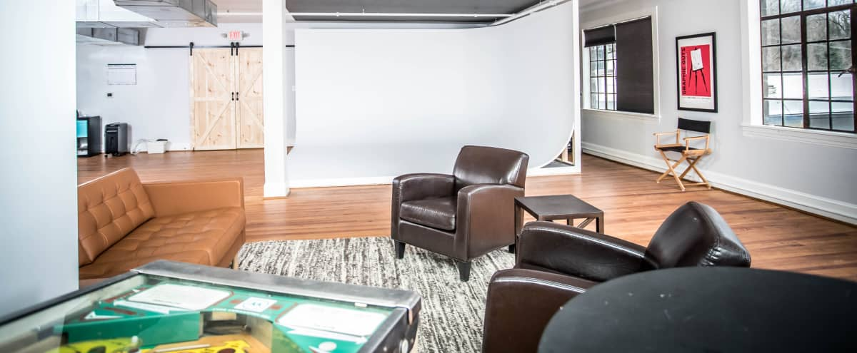 Historic loft studio space with CYC in Ellicott City Hero Image in null, Ellicott City, MD
