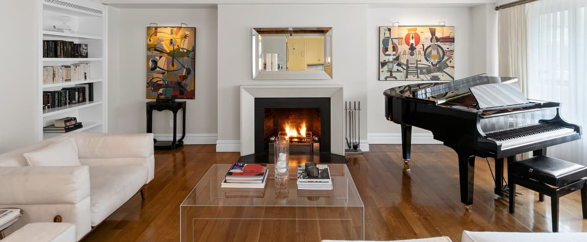 Bright and Elegant Designer-Decorated Condo in New York Hero Image in Central Park West Historic District, New York, NY