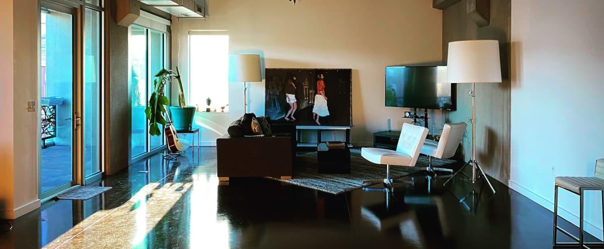 Modern 4000 sq ft Penthouse Loft/Studio in Kansas City Hero Image in West Bottoms, Kansas City, MO