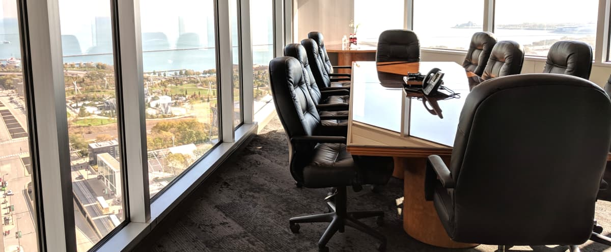 Boardroom with Lake Views – Michigan Avenue (Loop) in Chicago Hero Image in Chicago Loop, Chicago, IL