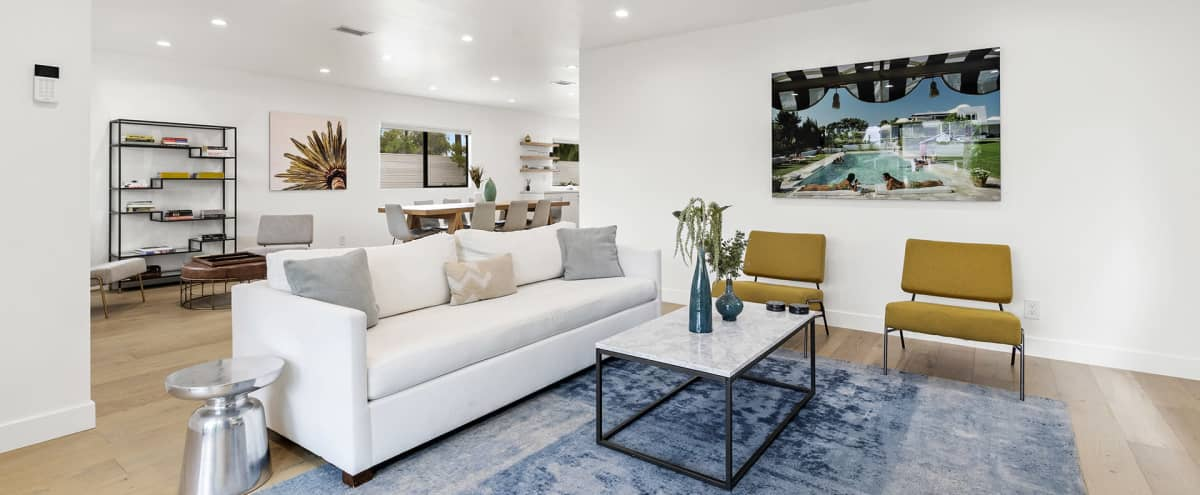Stylish and Spacious Home in Los Angeles Hero Image in Mar Vista, Los Angeles, CA