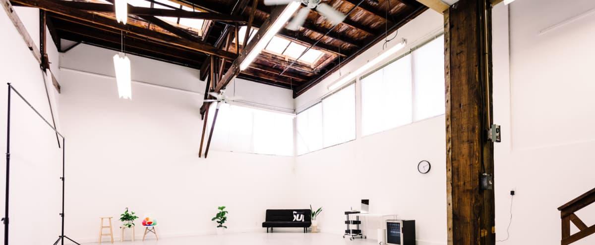 Spacious & Modern Photo Studio in Oakland Hero Image in West Oakland, Oakland, CA