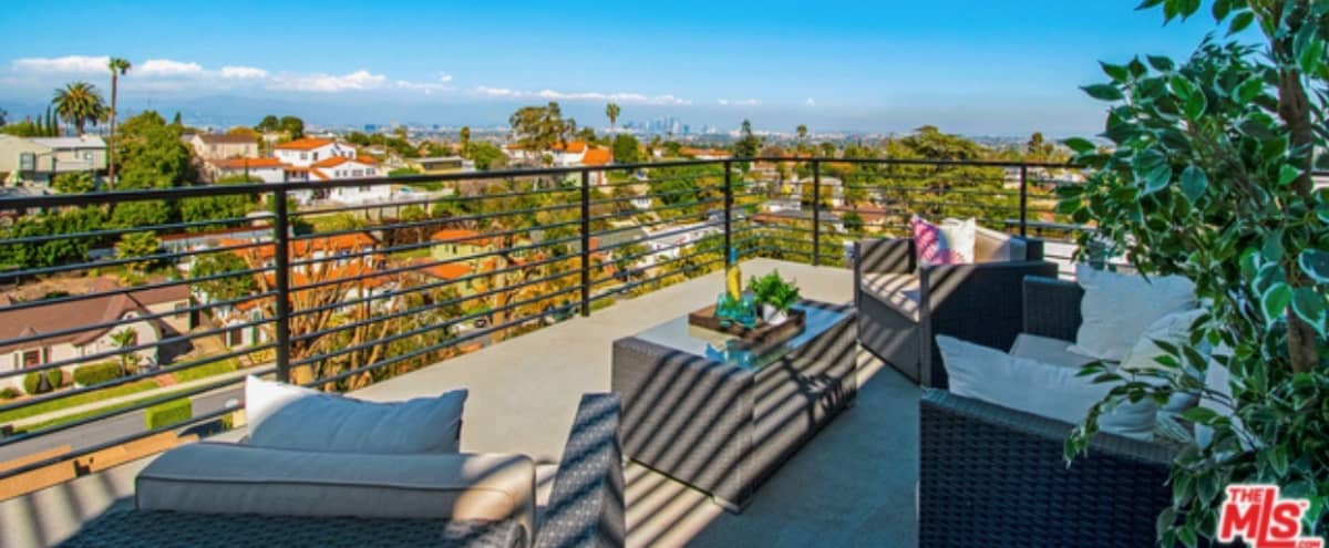 Big & Sexy: 3 level w/ rooftop balcony and epic views of downtown. in View Park Hero Image in View Park, View Park, CA
