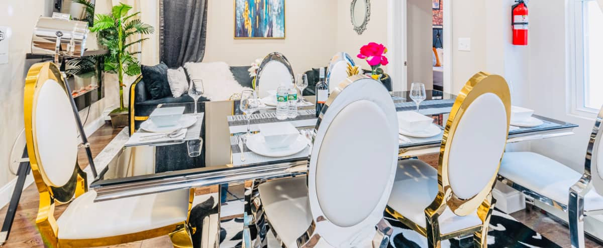 Clean Luxury home Mins to NYC Manhattan/Backyard in Jersey City Hero Image in The Heights, Jersey City, NJ